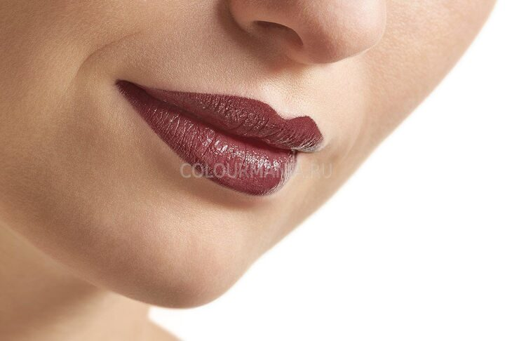 Губная помада Catrice Ultimate Colour Lipstick №480 RED SAID BLACK